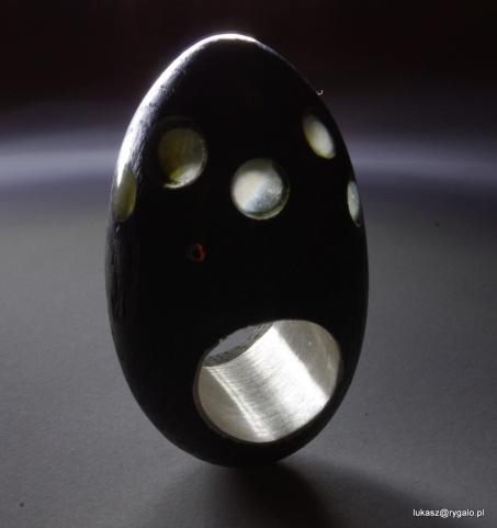jajcarski pierścionek