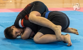 young-grapplers-5316