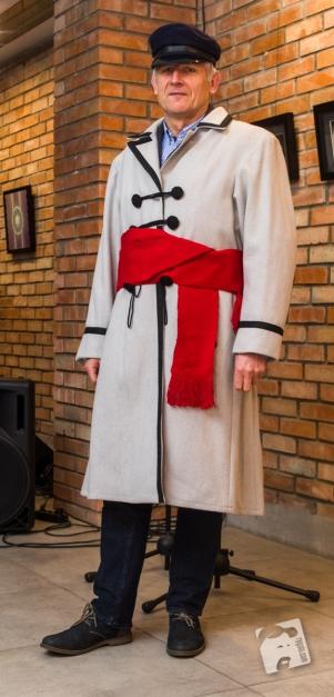 suknia zdobi człowieka-0573