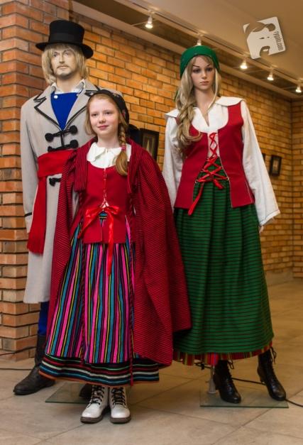 suknia zdobi człowieka-0595