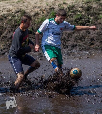 swamp football-5972