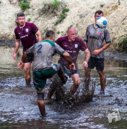 swamp football-6200